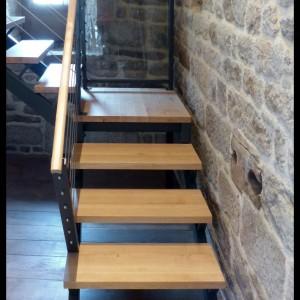 escalier avec palier marches chêne