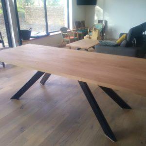 mobilier-sur-mesure-table-etagere-luminaire-versionmetal-plouguerneau--creation-unique-creation-sur-mesure-en-m'tal-et-bois-gouesnou-bohars-plouescat-lesneven-kerlouan-lannilis (5)
