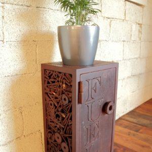 mobilier-sur-mesure-table-etagere-luminaire-versionmetal-plouguerneau--creation-unique-creation-sur-mesure-en-metal-et-bois-gouesnou-bohars-plouescat-lesneven-kerlouan-lannilis (12)